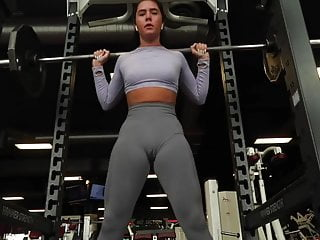 Nice Cameltoe Beyond Leggins Thimbleful Bloomers Working-out Thimbleful Bra Stained Pussy